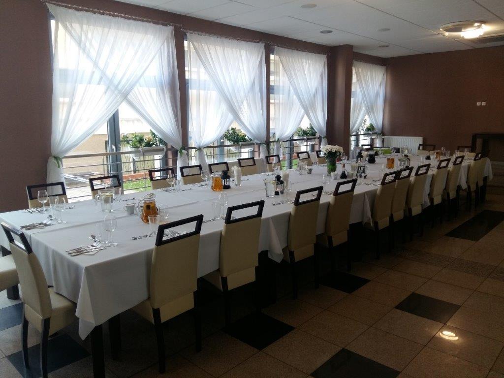 Restauracja Uniwersytecka - kanapki iprzekąski