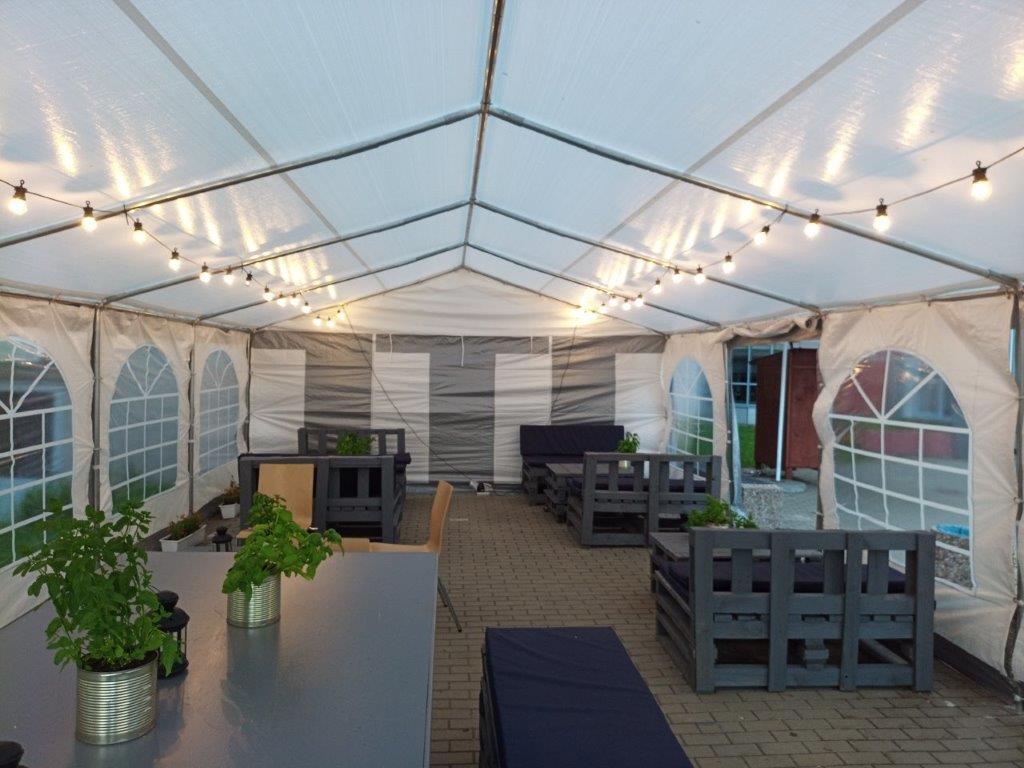 Restauracja Uniwersytecka - namiot